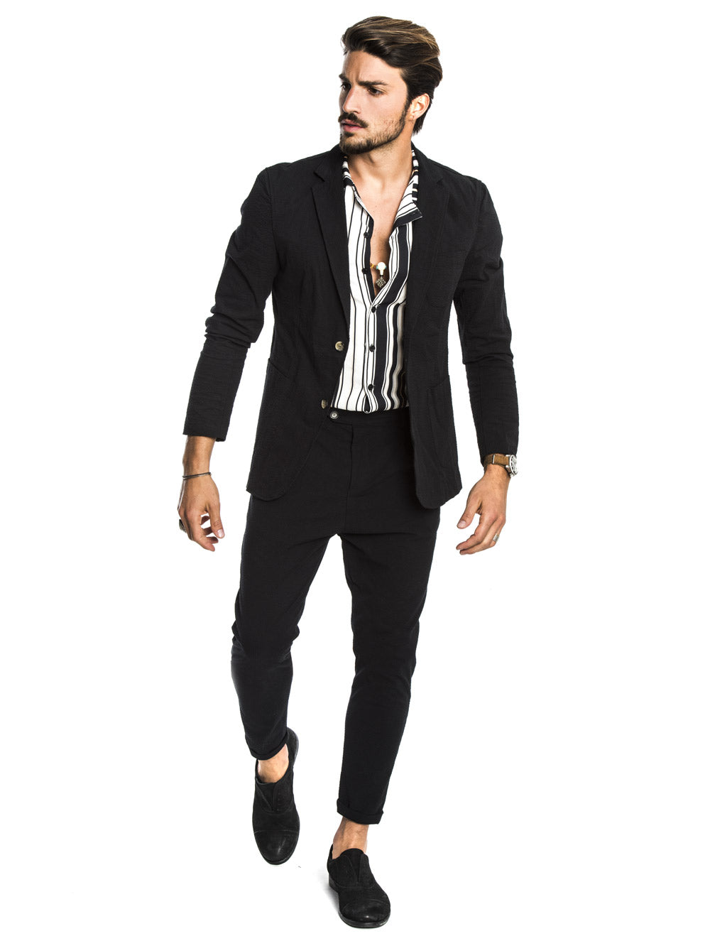 DUBAI SEERSUCKER SUIT IN BLACK