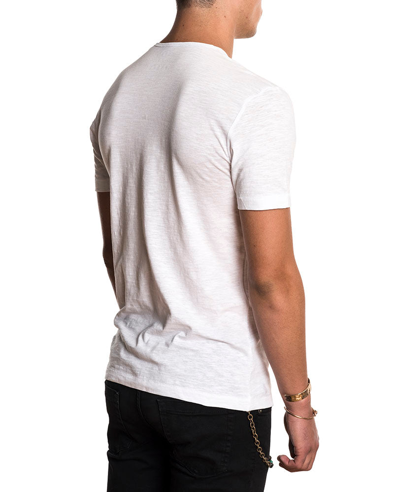 BASIC V WHITE T-SHIRT