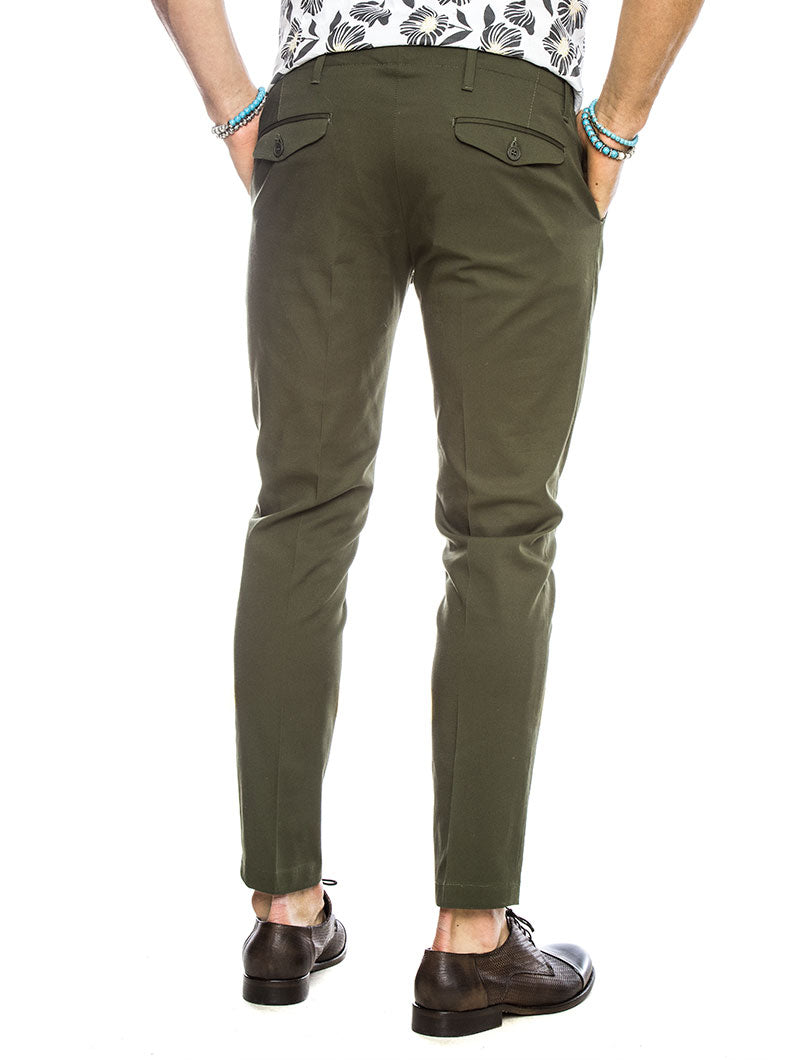 ENIO COTTON TROUSERS IN BOTTLE GREEN