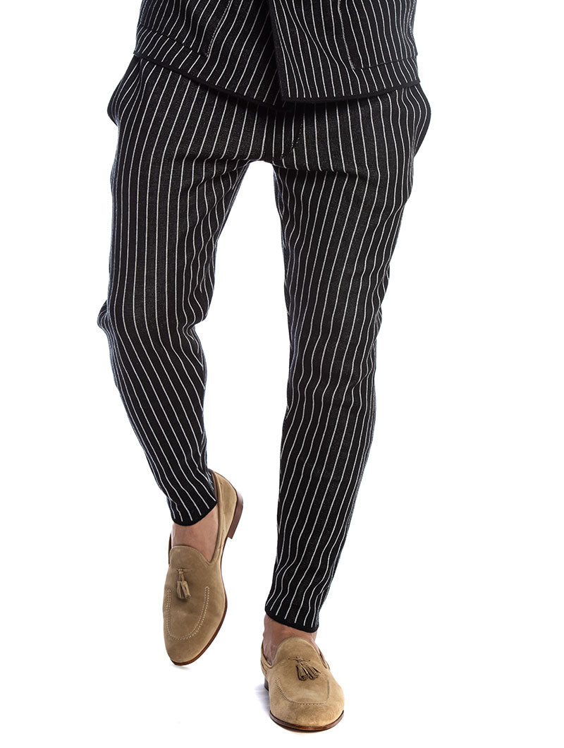 SABURO CROPPED PANTS IN BLACK AND GREY