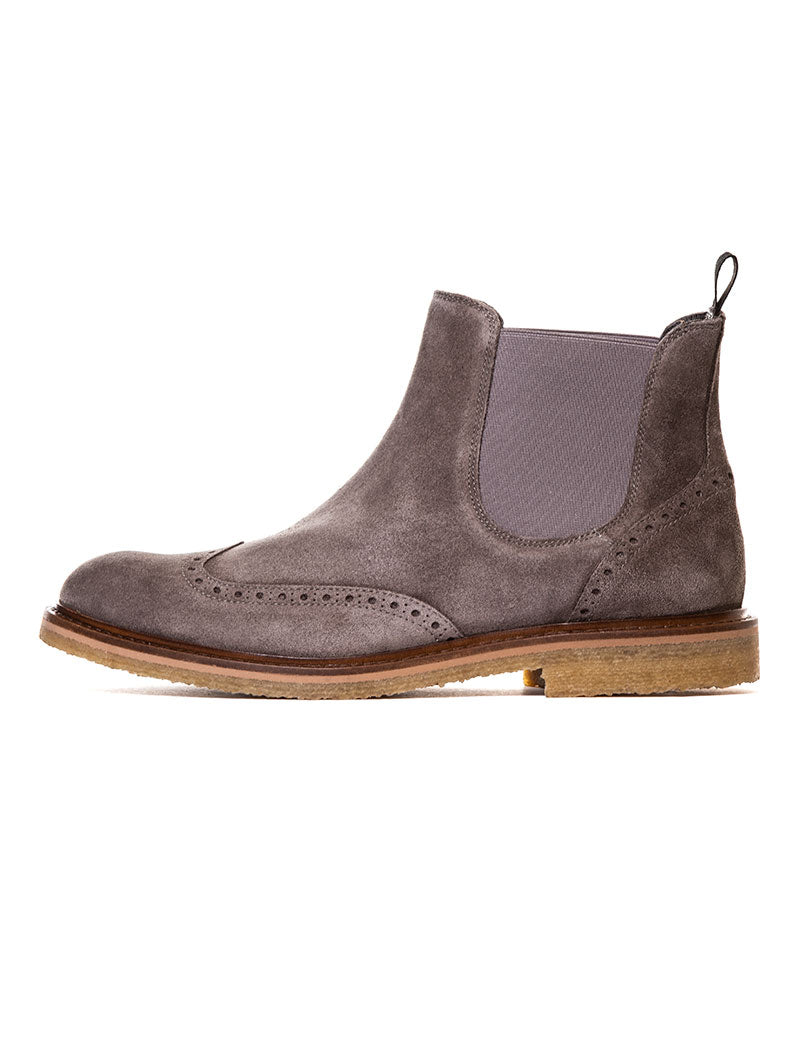 WEMBLEY CHELSEA BOOTS IN TAUPE