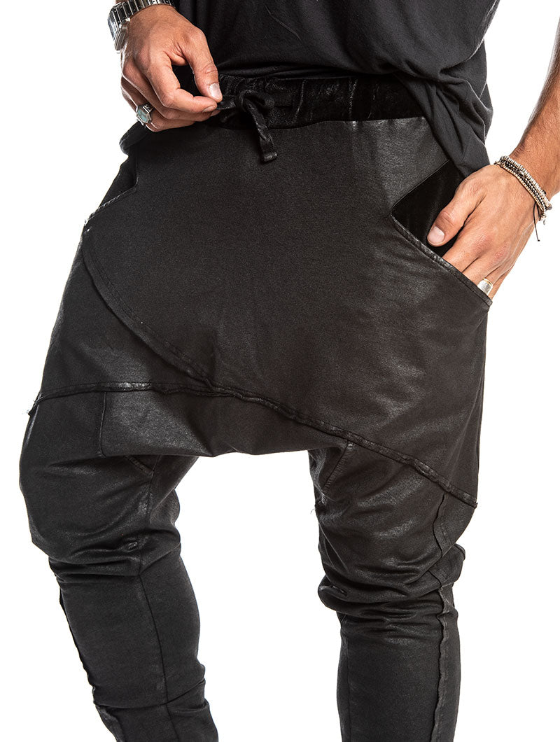 ALEXIOS PANTS IN BLACK