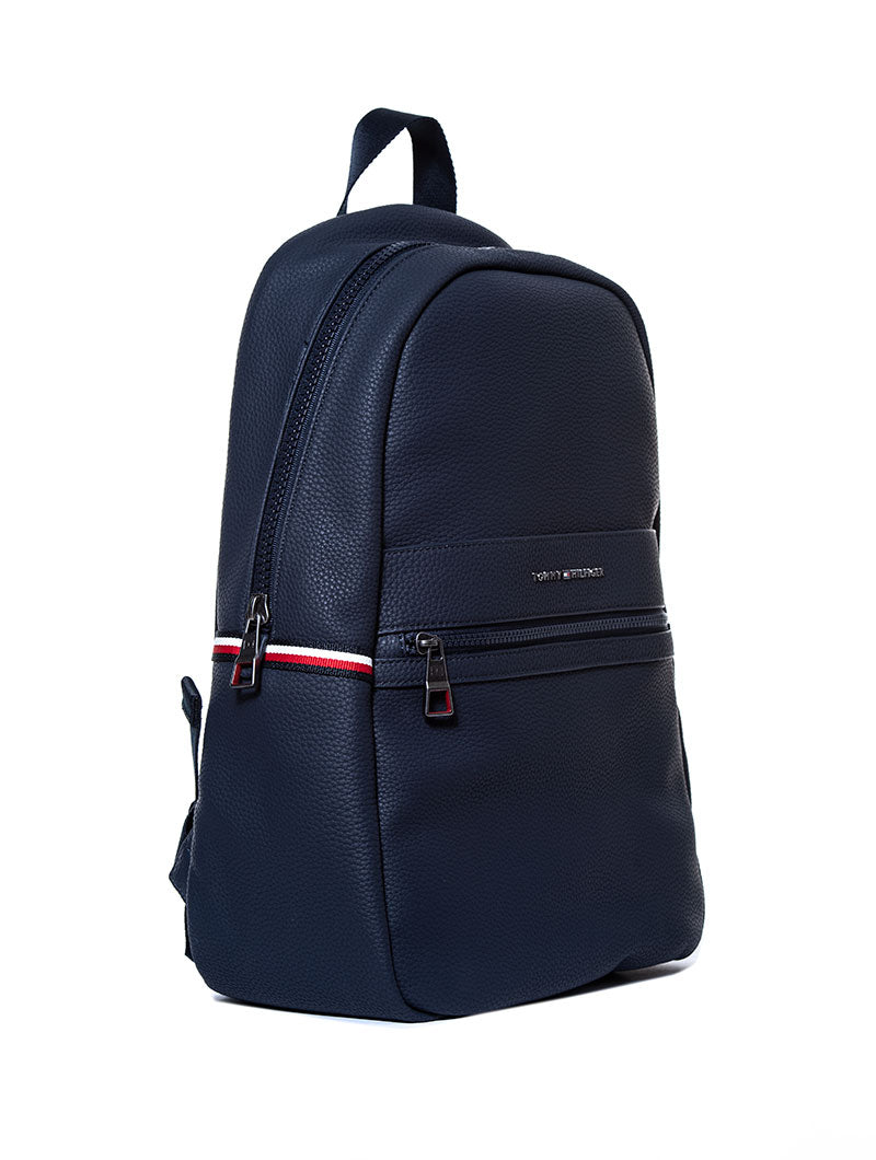 ESSENTIAL BACKPACK II IN TOMMY NAVY