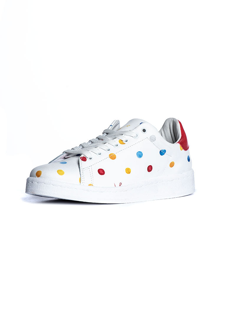 V2 POIS SNEAKERS IN WHITE