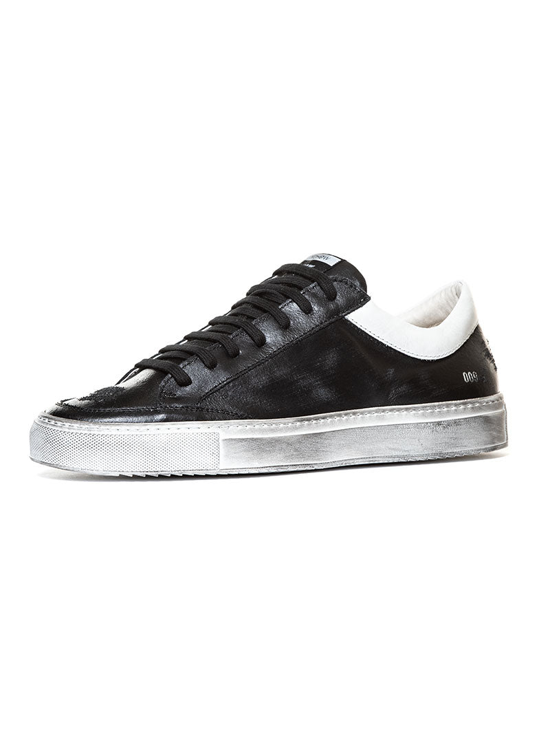 009 SNEAKER IN BLACK AND WHITE