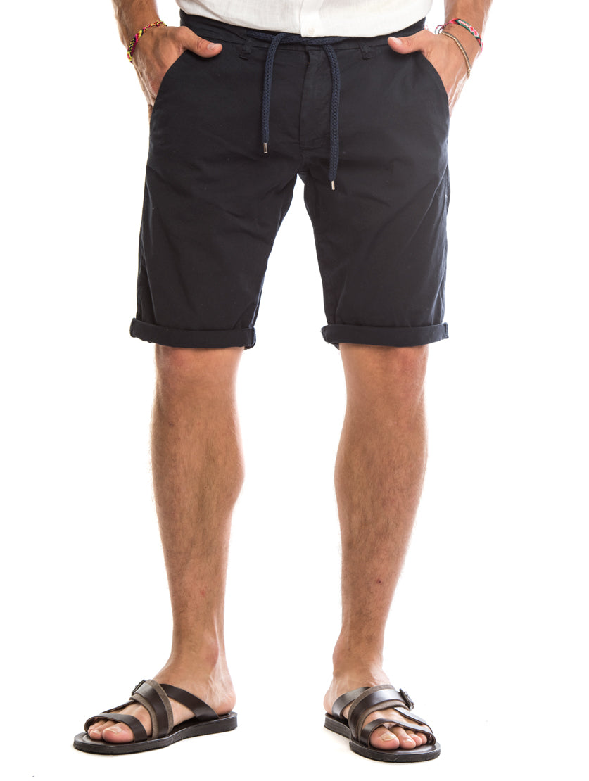 DAREN SHORTS IN BLUE