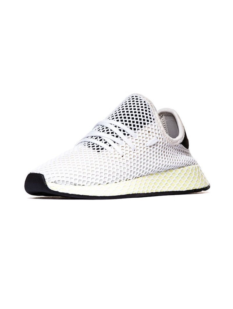 DEERUPT RUNNER IN CHALK WHITE