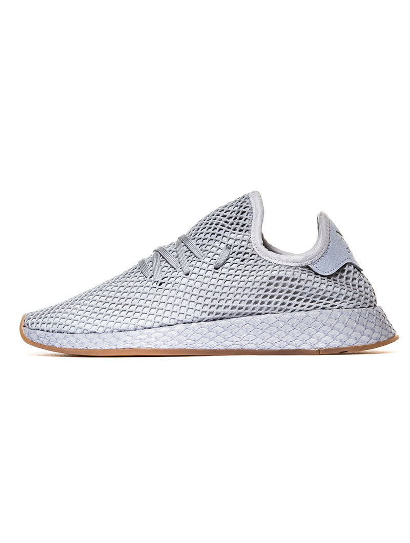 DEERUPT RUNNER IN GREY THREE