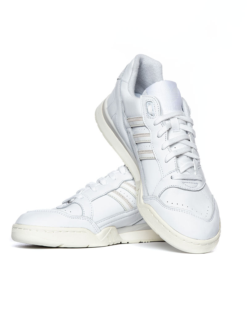A.R. TRAINER IN WHITE