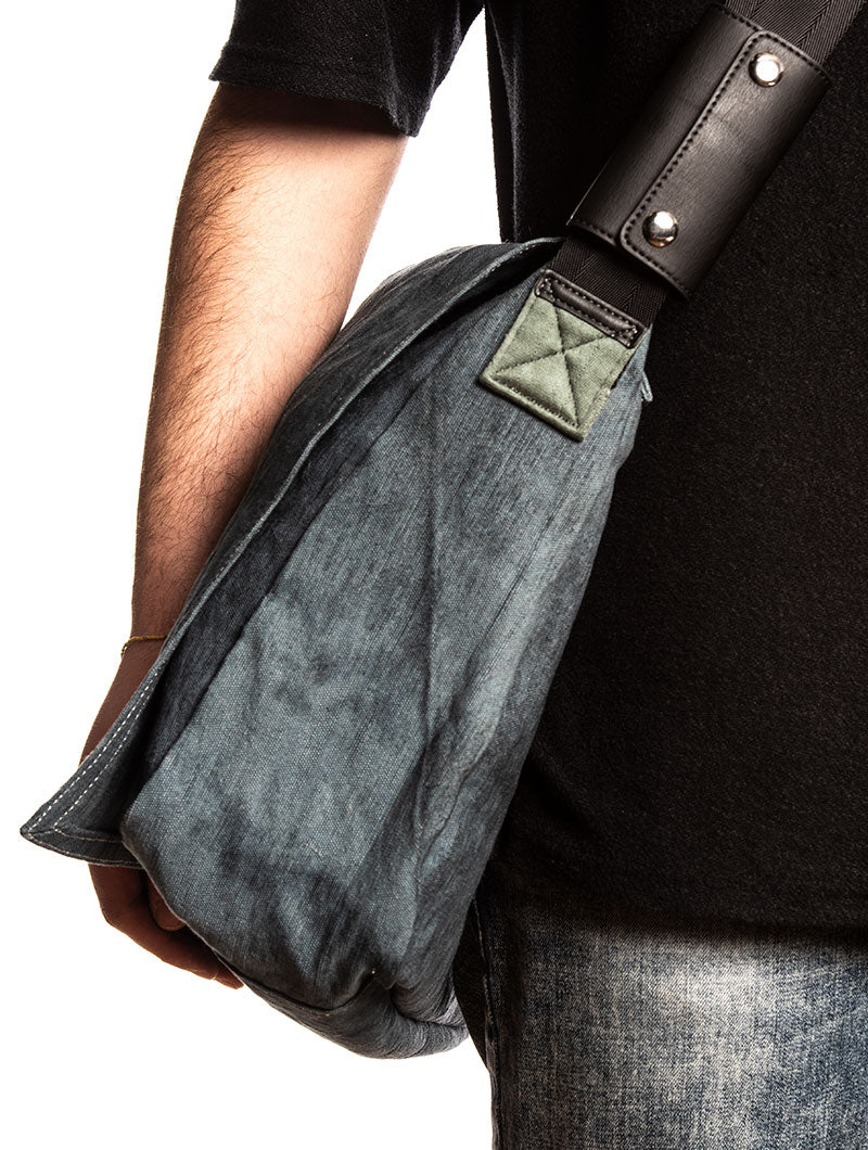 D-THISBAG-MESSENGER IN GREEN