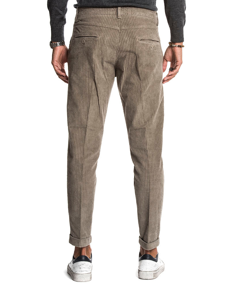 MOOR VELVET CASUAL PANTS IN GREY