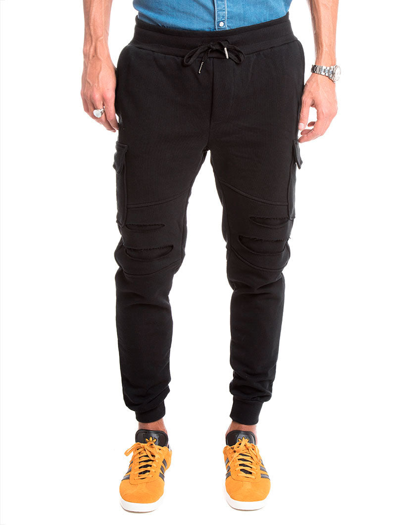 DOUBLE POCKET DISTRESSED PANTS IN BLACK