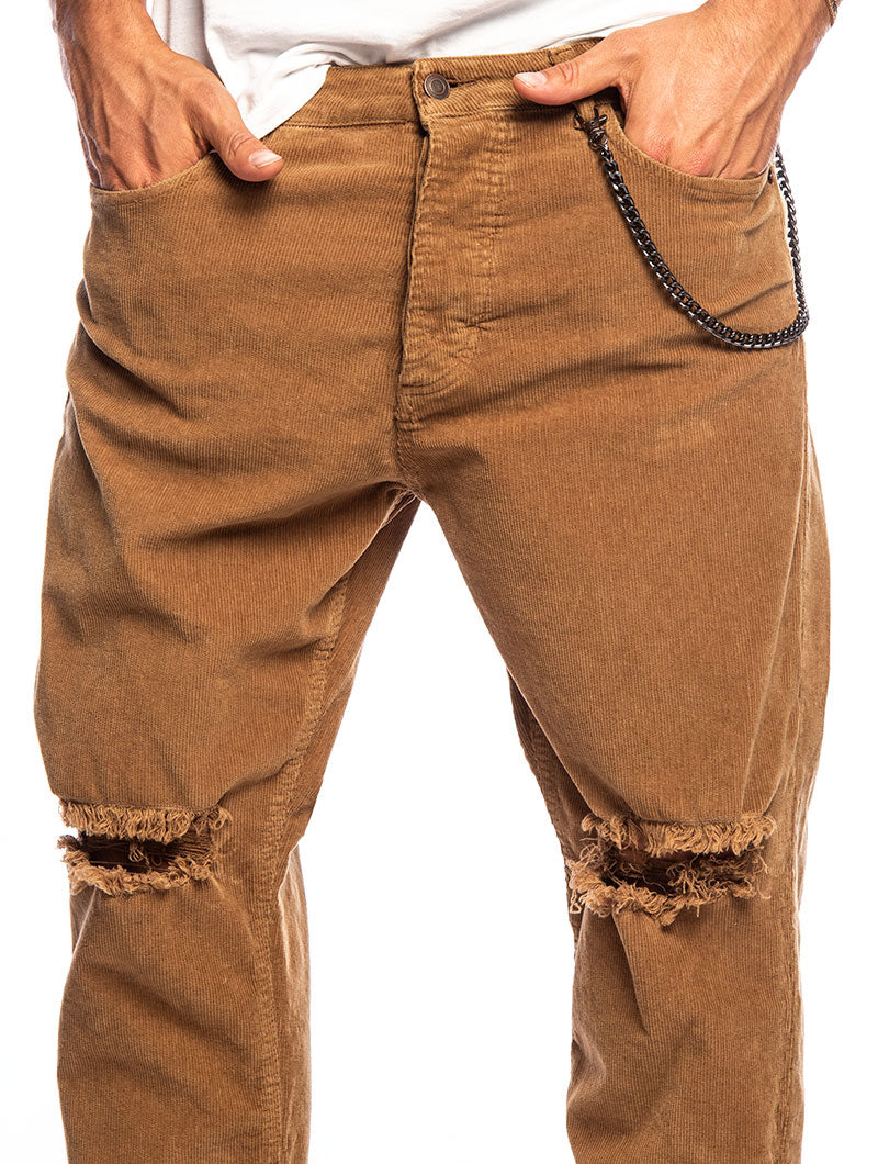 HARRIS DISTRESSED PANTS IN VELVET CAMEL