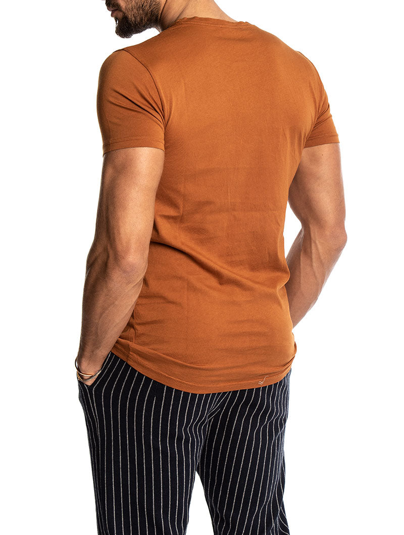 CORY BASIC T-SHIRT IN RUST