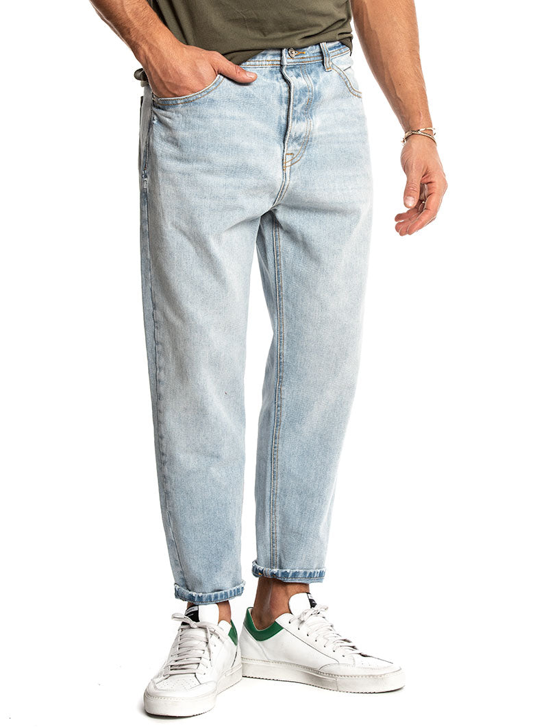 KEVIN CROPPED JEANS IN LIGHT BLUE