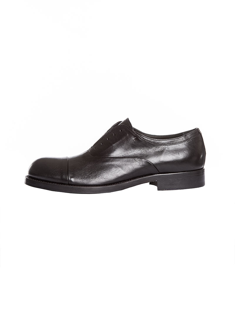 KINSALE OXFORDS IN BLACK