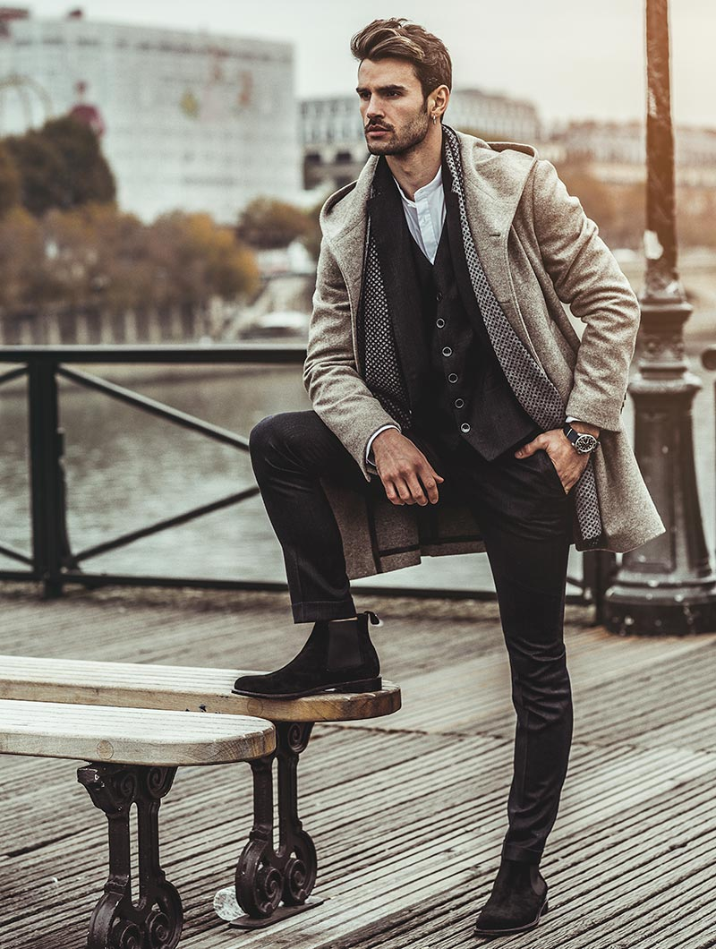 ITALY CHELSEA BOOTS IN BLACK