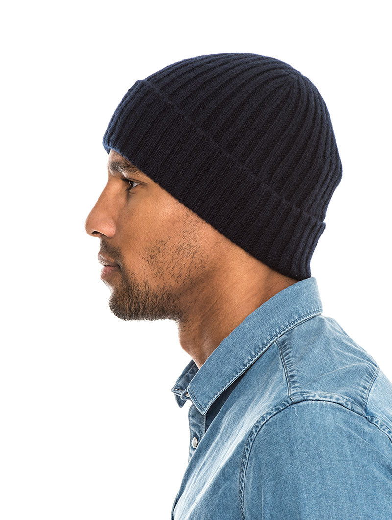 PARIDE SLOUCHY BEANIE IN BLUE