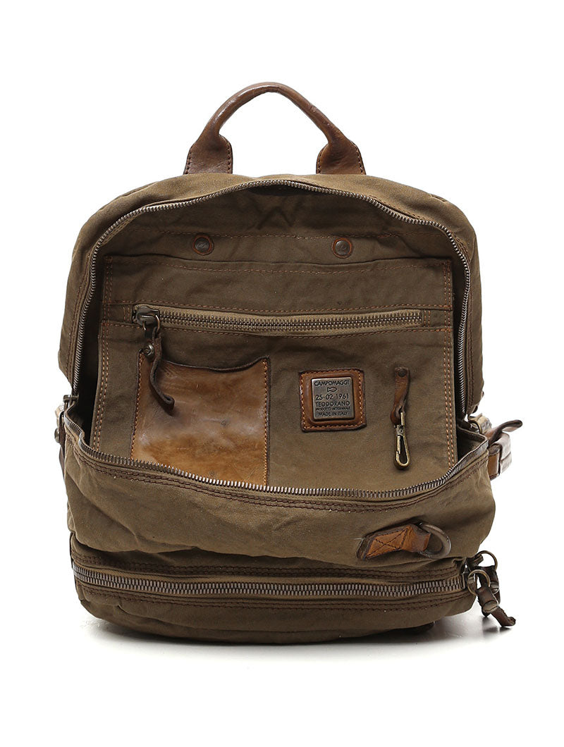 LEATHER BACKPACK IN MILITARY GREEN