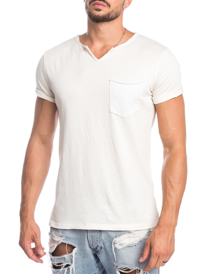 MEN'S CLOTHING | BEIGE POCKET T-SHIRT | CHEST POCKET | MUSCLE FIT | NOHOW