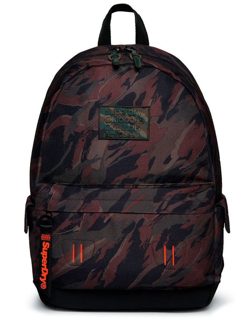 DISTRUPTIVE MONTANA BACKPACK IN GREEN CAMO