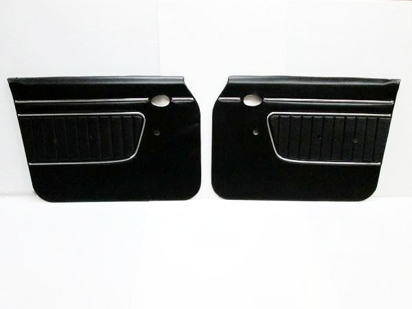 Nissan Skyline Hakosuka GT-R late 4D front door panel set (NO INT'L SHIPPING)