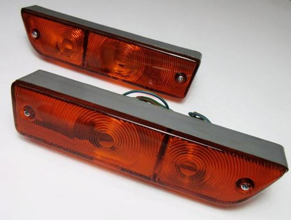Datsun 510 JDM NOS front turn light assembly