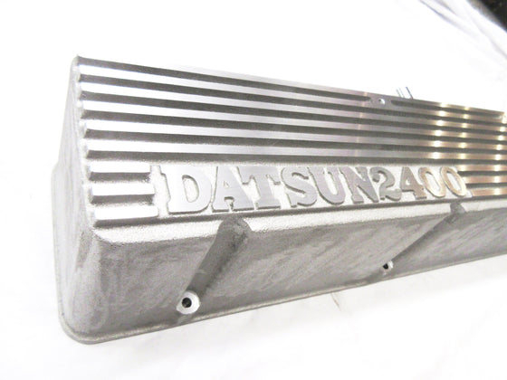 Reproduction Datsun Competition valve cover for L6 engine made by Kameari