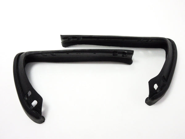 Rear bumper edge rubber seal set for Skyline Hakosuka 2D / 4D NOS
