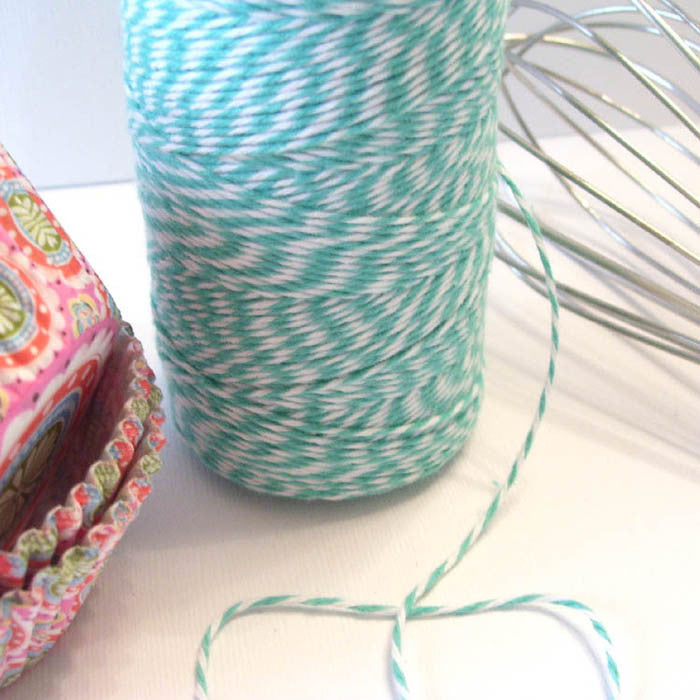 Bakers Twine - Twisted Caribbean Blue and White Twine - Get Creative!