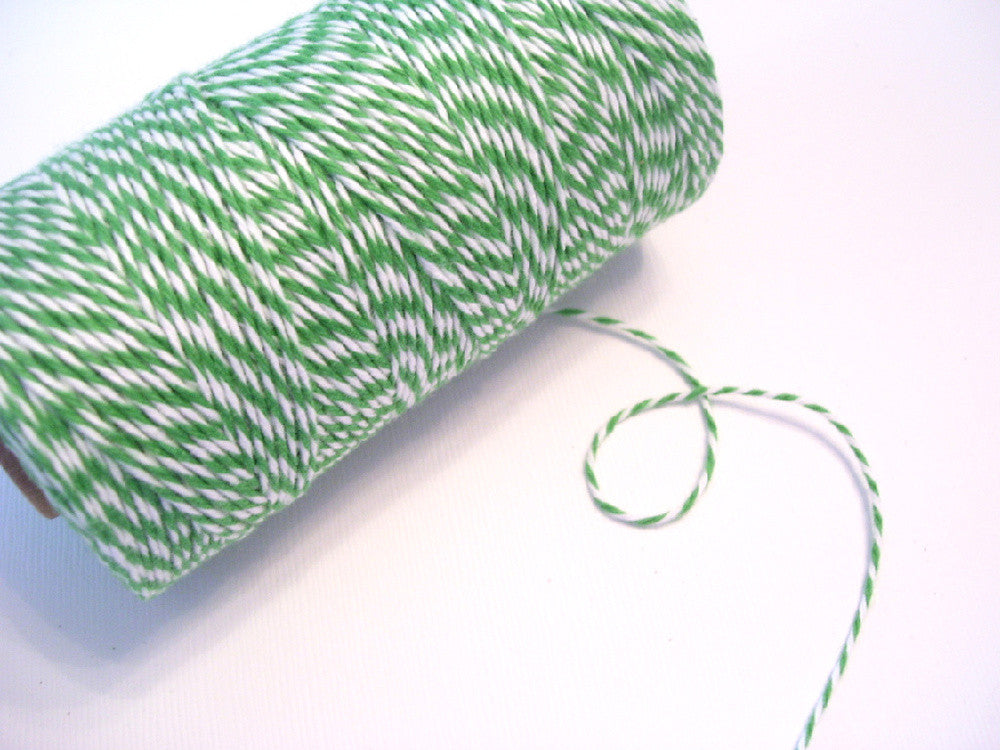 bakers twine twisted peapod green and white twine spool guided