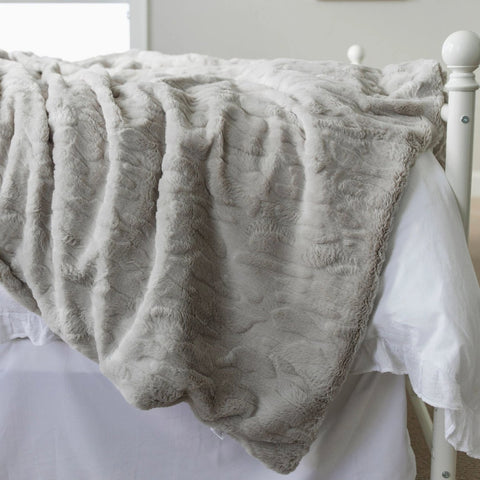 Gray Lush Weighted Blanket