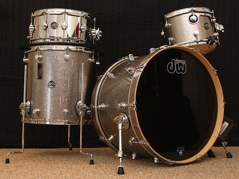 "DW Performance Series 22"" / 12"" / 16"" Kit & 14"" Snare"