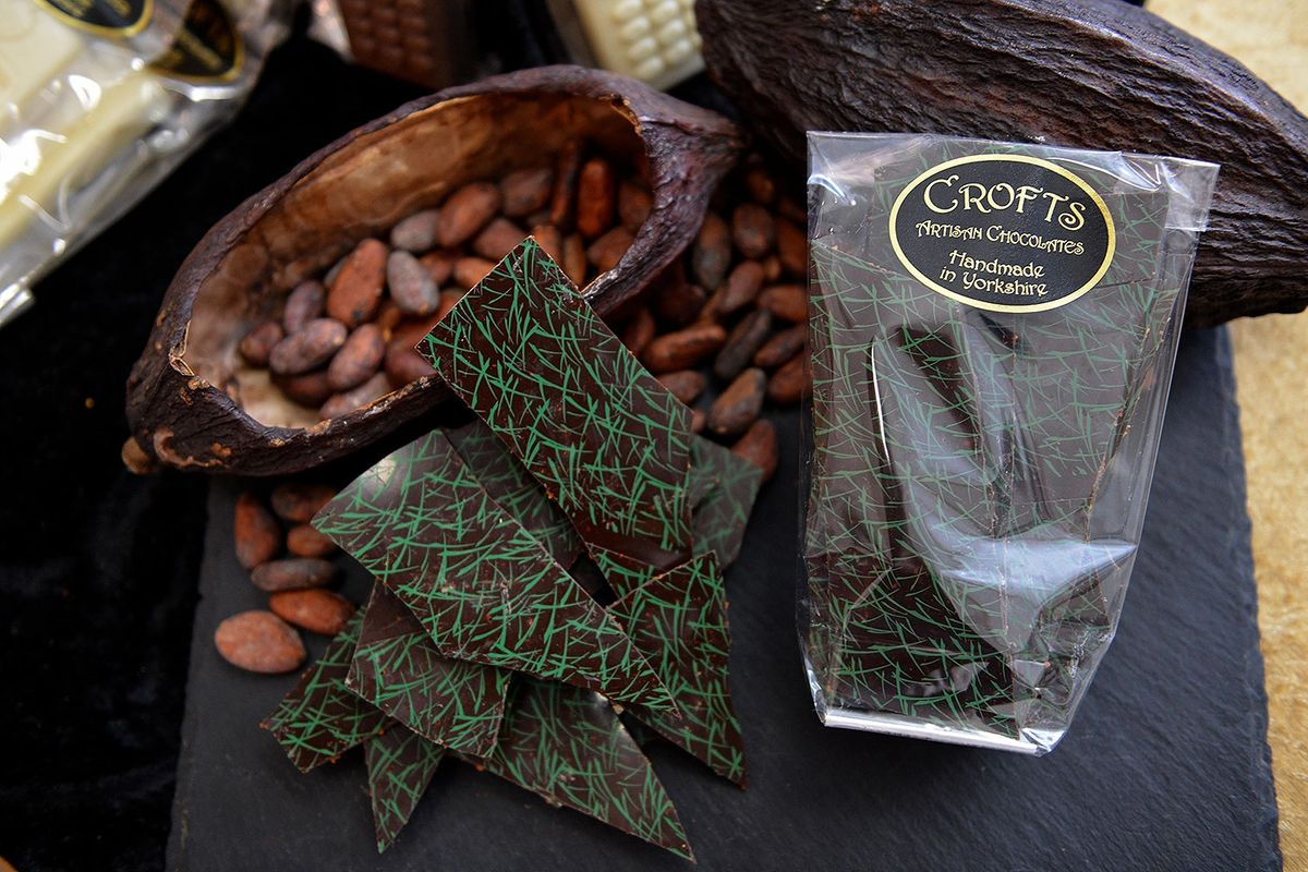 Chilli & Lime Chocolate Shards