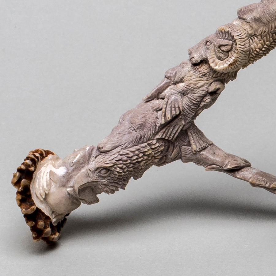 Extraordinary Antler Carving I