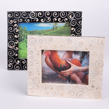 Swirly Cut Shell Photo Frame