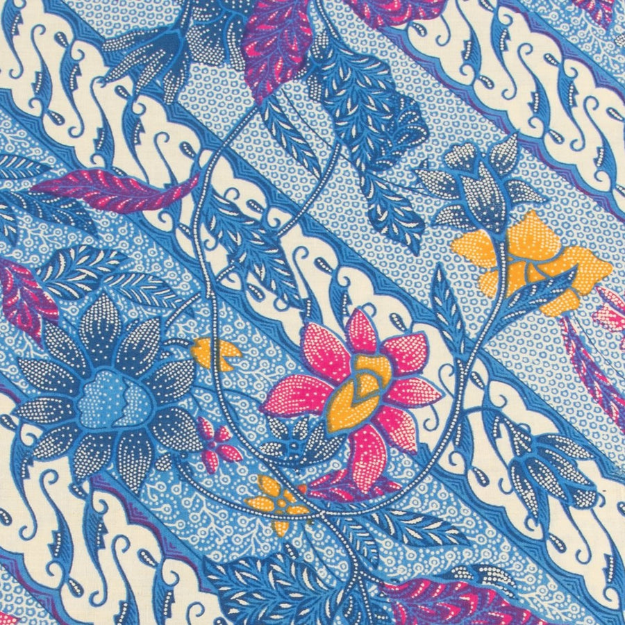 Traditional Batik Sarong Floral Perang in Blue