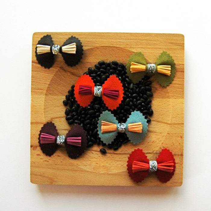 Fancy Bow Clip by Hello Shiso