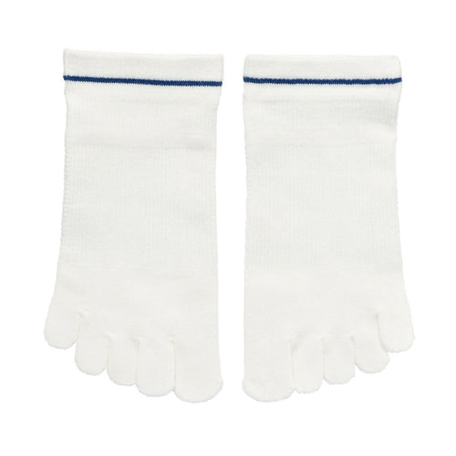 Good Fit Right Angle Sport Five-Finger Sneaker-In Socks