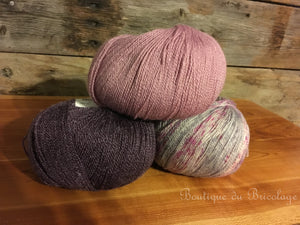 Laine Whisper Lace Mauve Fairy Dust Amethyst - Boutique du Bricolage