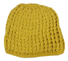 Load image into Gallery viewer, Romano nx Woollen Cap for Women in 2 Colors romanonx.com