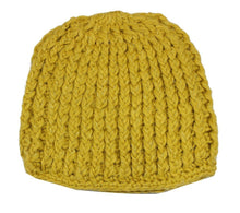 Load image into Gallery viewer, Romano nx Woollen Cap for Women in 2 Colors romanonx.com w14_b