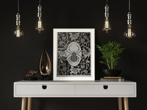 ELEMENTAL BLACK WIDOW print : black/ white