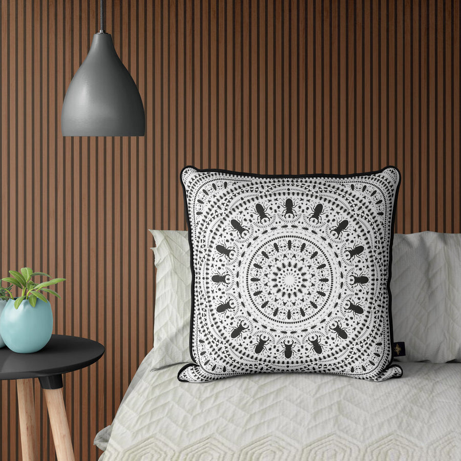 INSECT MANDALA WHITE: velvet cushion
