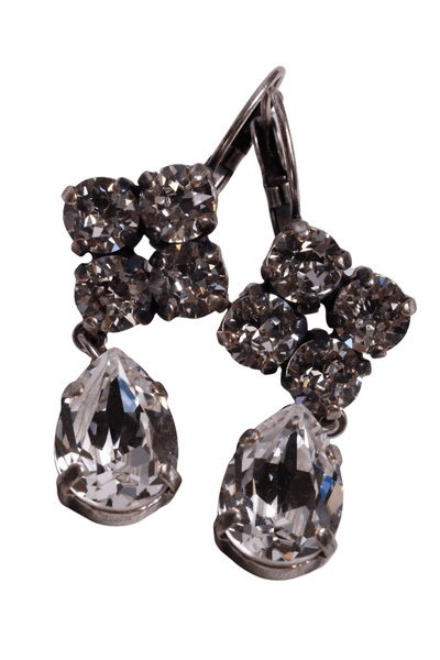 Four smaller clear Swarovski crystals with an oval drop underneath earrings with leverback