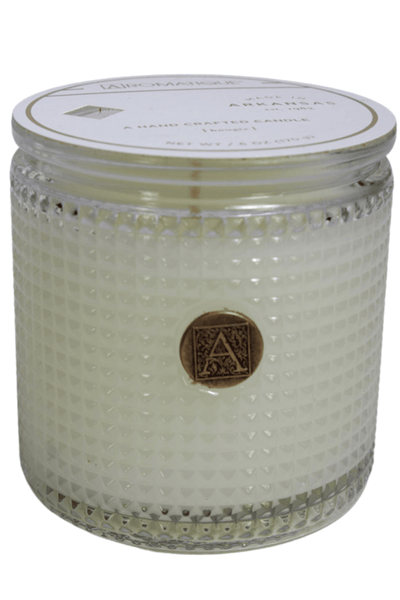 Textured Glass Candle is an intoxicating floral fragrance of fresh gardenia blooms paired with Neroli and Jasmine