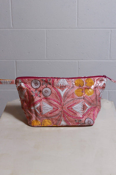 Roller Rabbit Toiletry Case Clay Red H-TXAC-025 - Inspire Me