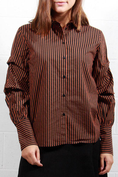Soaked In Luxury Louelle Shirt Black Orange 30403261 - Inspire Me