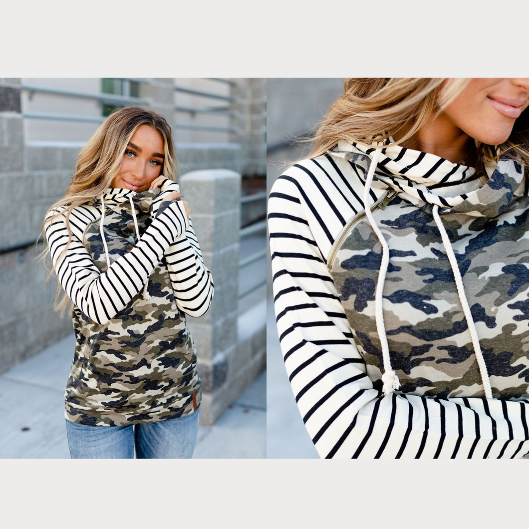 Ampersand & Avenue - Doublehood sweatshirt - Camo & stripe