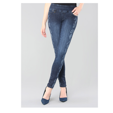 Load image into Gallery viewer, Lisette L. - Pant - Jeans - Style 455635